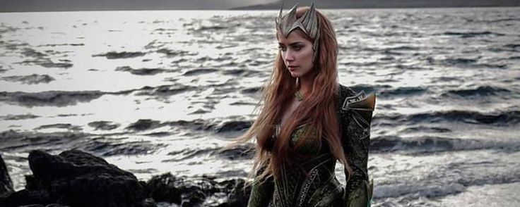 'Aquaman': Amber Heard comparte una nueva imagen del 'set' de rodaje