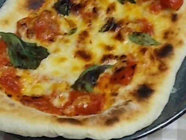 魚焼きグリルで作る! 本格手作りピザの画像