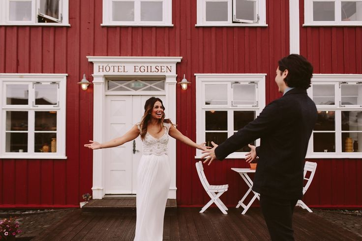 The first look - congratulations Candice and Nick!