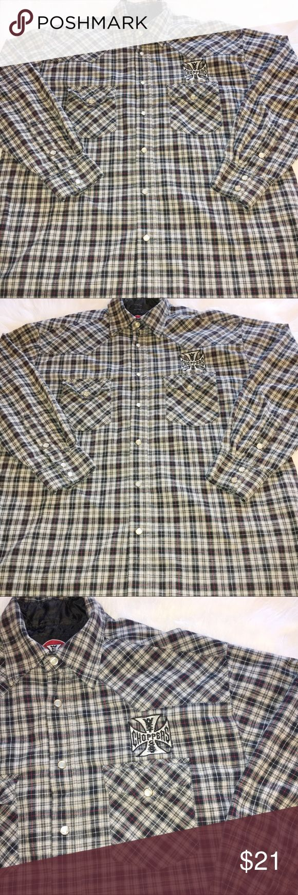 WEST COAST CHOPPERS JESSE JAMES BUTTON DOWN PLAID WEST COAST CHOPPERS JESSE JAMES PLAID BLACK WHITE RED AND GRAY BUTTON DOWN SHIRT. HAS SMALL TEAR ON BACK. SHIRT STILL HAS LOTS OF LIFE. ONE OF THE BUTTONS IS DIFFERENT, THE ONE AT THE TOP. THAT ONE ISN'T USUALLY BUTTONED. BUTTONS HAVE LOGO ON THEM. THEY LOOK LIKE PEARL SNAPS ALMOST. CLASSIC SHIRT! LONG SLEEVE. SIZE MEDIUM. West Coast Choppers Shirts Casual Button Down Shirts