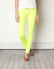neon yellow colour - oh la la!