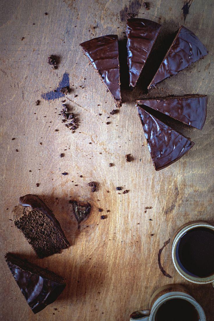 Simply Delicious Chocolate Cake | Na Krachym Spodzie