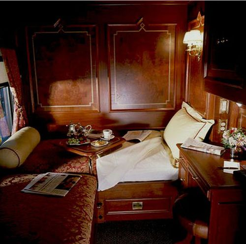 train travel on the Royal Scotsman