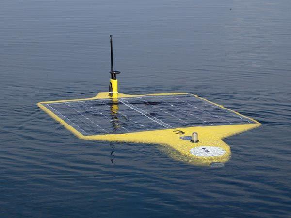 Один из подводных роботов, которыми пользуется Национальное управление США по исследованию океанов и атмосферы. Работает на солнечных батареях