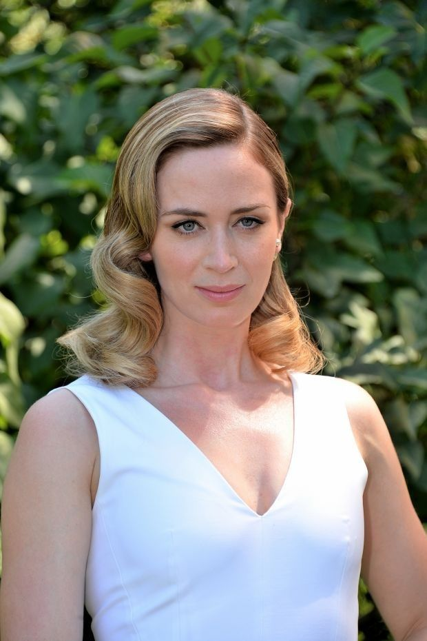 Capricorn Capricorn S Naturally See Potential Problems In Every Opportunity Emily Blunt Celebrity Beauty Beauty