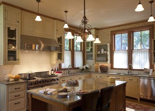 Houzz - makes me think of grandma's: Cabinets Colors, Trim Design, Traditional Kitchens, Design Ideas, Oak Trim, Victorian Splendor, Cafe Curtains, Victorian Design, Cabinets Design