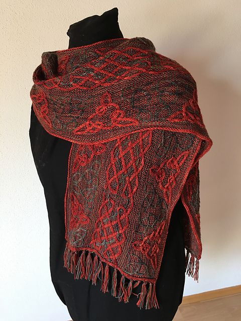Lindisfarne by Lucy Hague, knitted by Janina2 | malabrigo Sock in Botticelli Red and Primavera