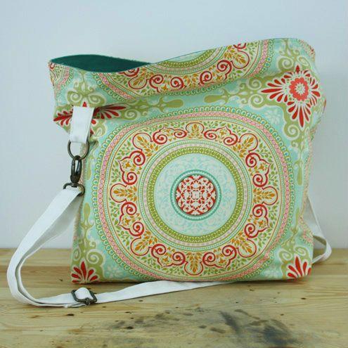 Weekender bag | Happy in Red