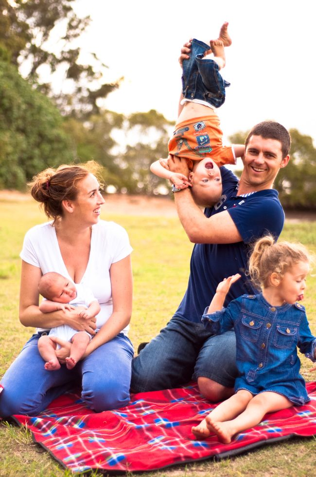 Brisbane Family Photographer || Australian Family Photographer   © Photographs by Grace 2013 #familyphotography