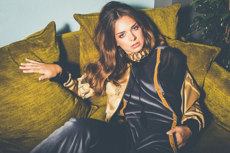 """""""Lusting Days"""" AW1617 collection is all about lust, soft velvets and 70s vibes"""