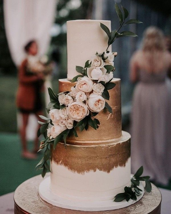 vintage gold hochzeitstorte 12 #hochzeit #hochzeitstorte #kuchen #hochzeitsideen #dpf   – Wedding Cakes & Dessert