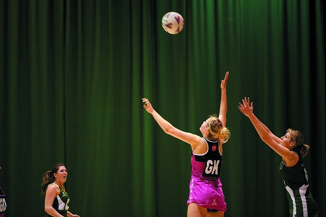 Undergraduate students playing netball, Sports Centre, University Park