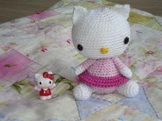 Free Kitten Crochet pattern . The pattern and blog are in Dutch. But if you scroll down, you'll find an English version