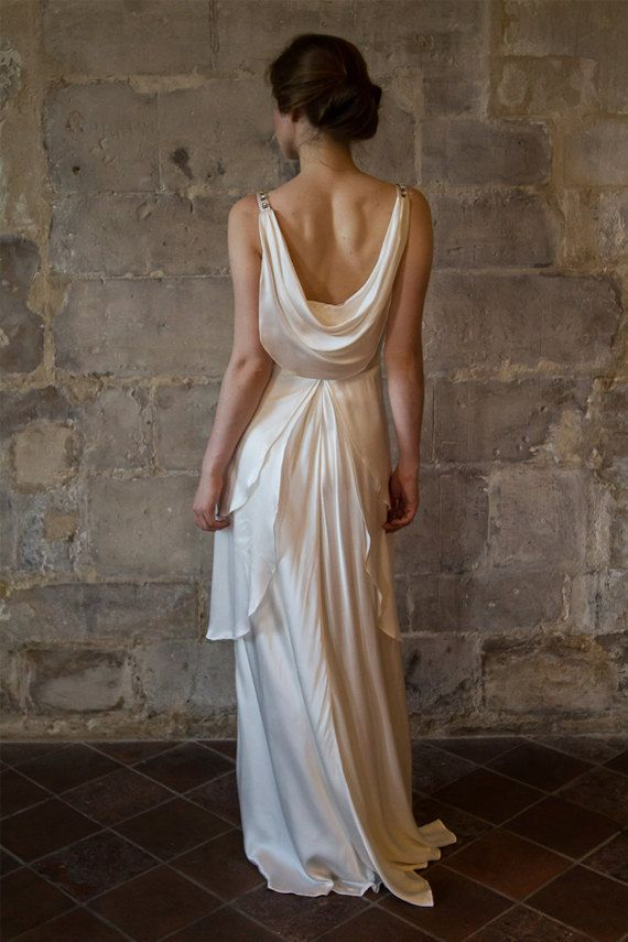 Silk wedding dress/ Great gatsby wedding dress/ by AlesandraParis #teampinterest #etsyweddingdress