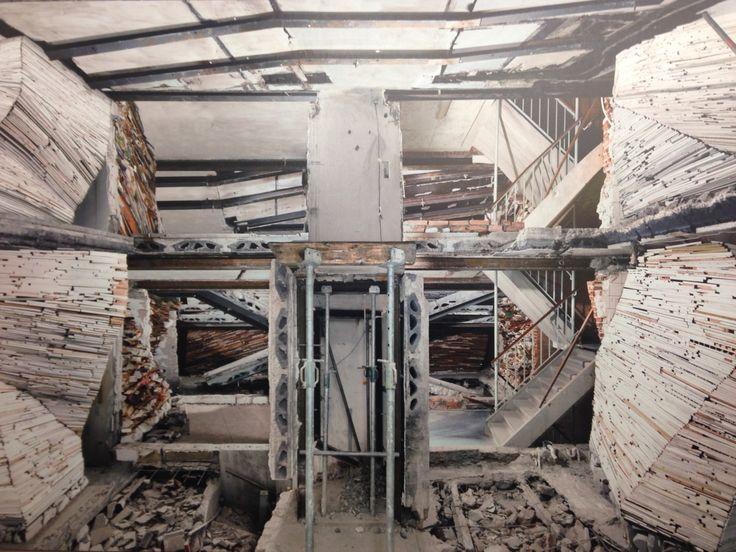 Marian Teeuwen, verwoest huis. The Netherlands, photography