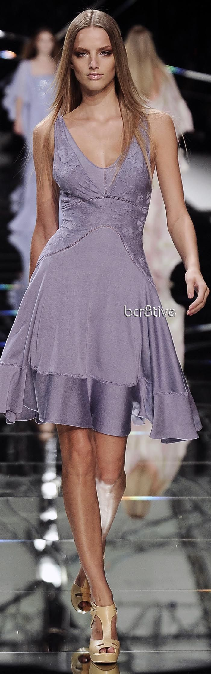 Elie Saab 2009 SS RTW  (This is a cool orchid, even though it's worn by a Rich/Warm.)