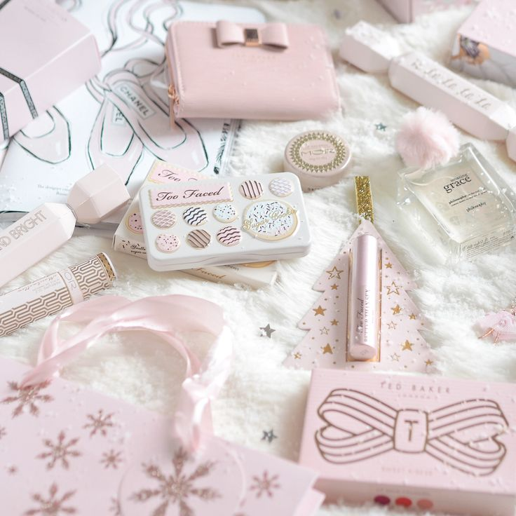 Seasons Treatings: Perfectly Pretty Christmas Gift Ideas For Her