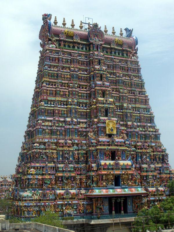 Meenakshi Temple: Madurai in Tamil Nadu, India.