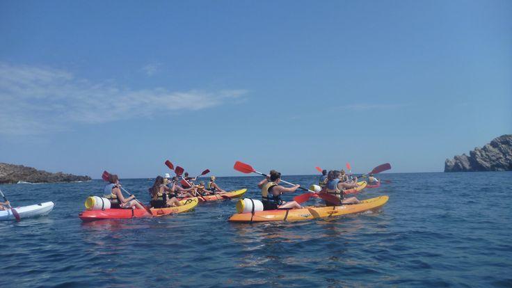 navegando hacia las cuevas..!!!  katayak.net  kayaking, happy, mar, sol, natura