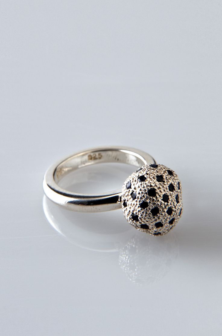 Lucy Folk presents SEAFOOD - 2010 - CAVIAR RING