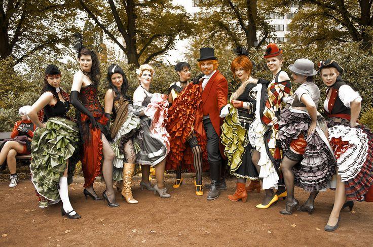 Les mademoiselles du Moulin Rouge by Verelaitale