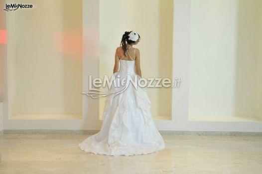 http://www.lemienozze.it/operatori-matrimonio/vestiti_da_sposa/bipi_atelier_paola_bignardi/media/foto/18  Abito da sposa con gonna drappeggiata