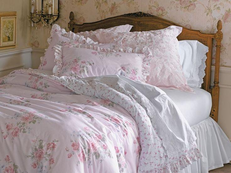 Simply Shabby Chic MISTY ROSE Full/Queen Pink Comforter & Shams Set Ruffles RARE | Home & Garden, Bedding, Duvet Covers & Sets | eBay!