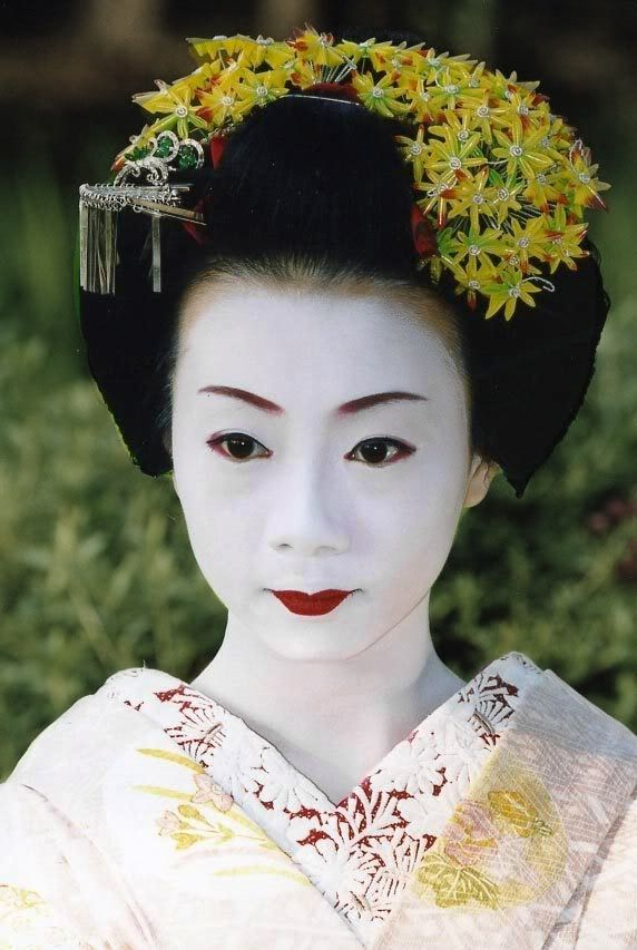 502 best images about Kanzashi 1 on Pinterest | Geishas ...