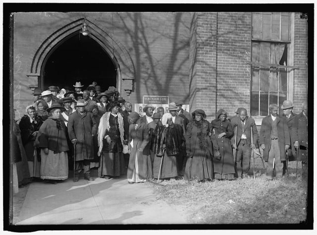 REUNION OF FORMER SLAVES, 1917.  (Library of Congress photo)