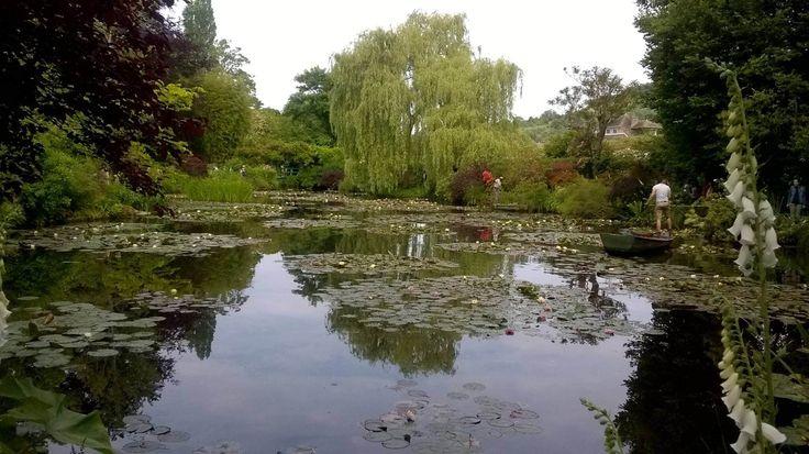 Monet kertje Givernyben: a gyönyörű francia kert 250 remekműhöz adott ihletet, kitűnő hely volt a fény és árnyék játékának tanulmányozására https://viragotegymosolyert.hu/monet-kertje-givernyben/