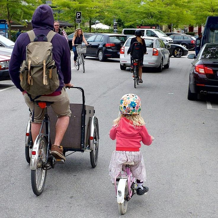 When you mix with cars a #cargobike feels a safer shield. By Kim Aagaard @bicycles_only