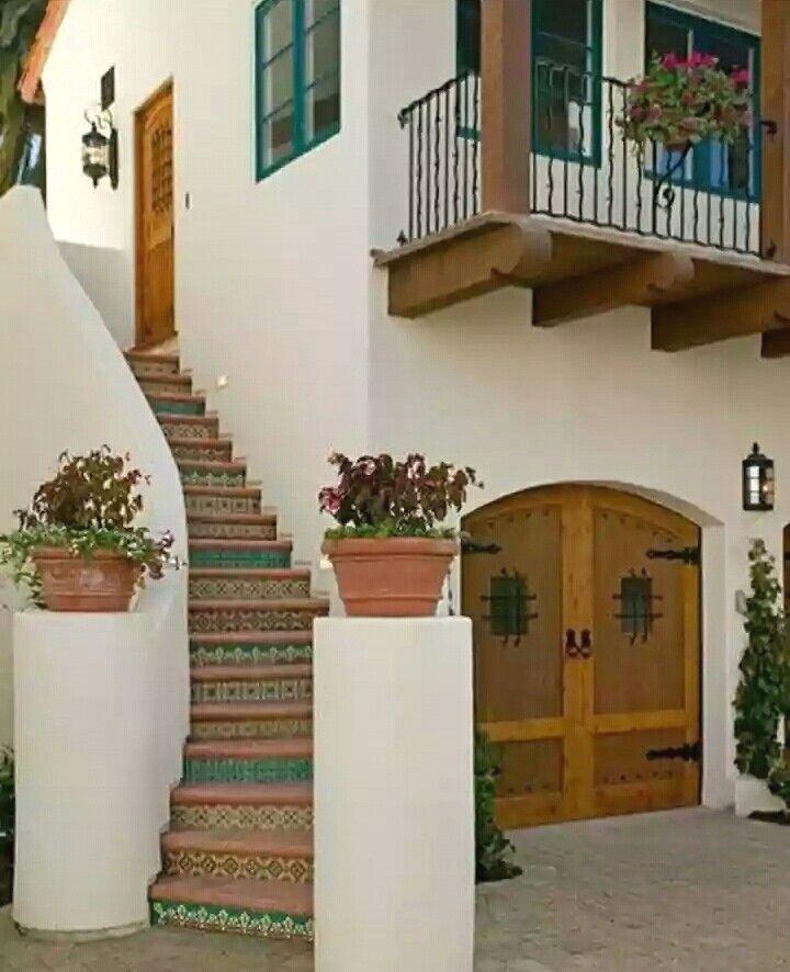 Explora Las Mejores Fachadas Mexicanas Y Aplicalo Para Remodelar Tu Hogar Contemporaneas Arquite Fachada De Casas Mexicanas Fachada De Casa Casas De Ensueno
