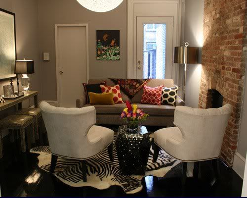 Living Rooms Layouts: Small Space, Big Style
