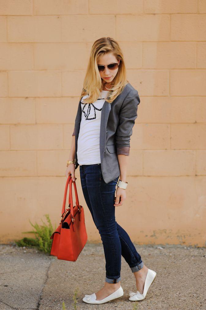 graphic tee, blazer & cuffed skinny jeans