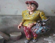 Fortune Teller Baci Statue