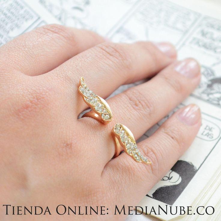 $15000 - Anillo alas doradas - ajustable | Media Nube - http://medianube.monomi.co/products/anillo-alas-doradas-ajustable/