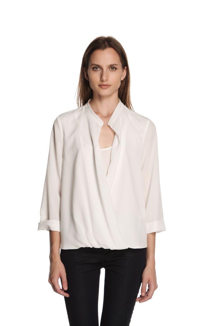 Camicetta #ATPCO per un inizio di settimana #chic.  ATPCO #blouses are a chic update to your #everyday #look.