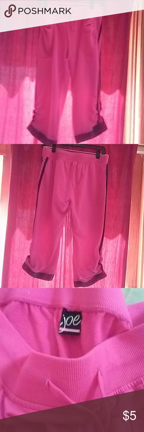 Joe boxers capris Pink with blue on outside of legs and bottom of legs (see photos) elastic waist with pull  string also pockets in front never worn excellent condition Joe boxers  Pants Capris