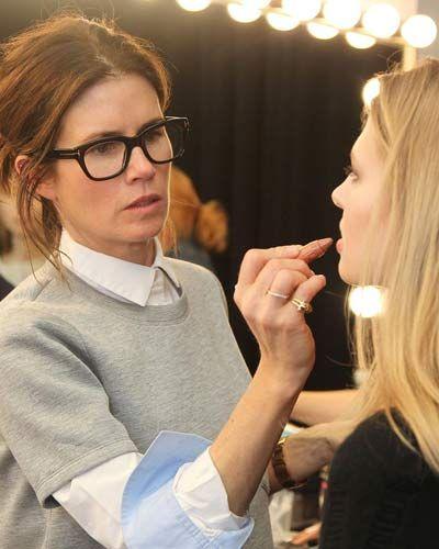 """Make up, gli spunti dalla New York Fashion Week: """"Ho quindi mischiato del grigio chiaro, con il verde, con il grigio piombo e ho lasciato le labbra neutre con un lieve colore sulle guance utilizzando dei rossetti"""""""