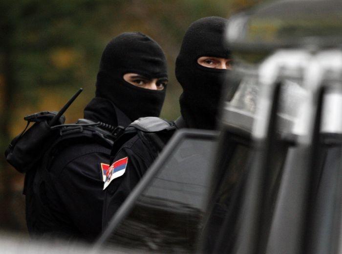 Τύπος & Λόγος: Ξεκίνησαν οι συγκρούσεις: Σφοδρές ανταλλαγές πυρών...