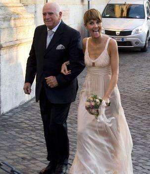 Paola-Cortellesi-in-abito-da-sposa_v_cgv2.jpg (303×350)