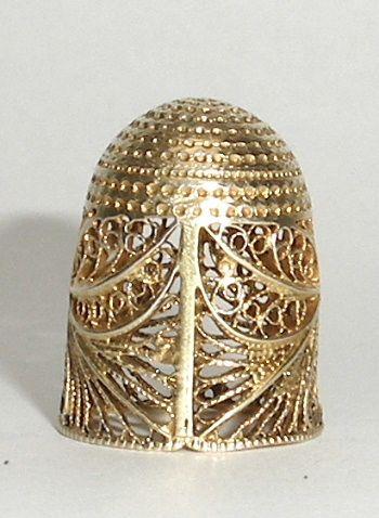 18th Century silver gilt filigree thimble #sewing #thimble