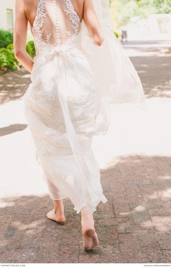 Beautiful lace dress by Enzoani | Real weddings | Photograph by  Piteira Photography