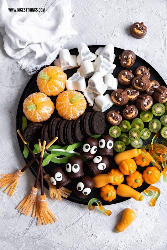 Halloween Fingerfood Candy Board Grazing Board Halloween