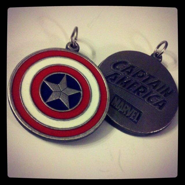 Colgante/llavero Capitán América