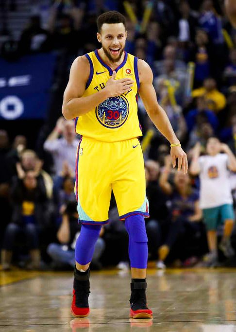hot sale online 56310 7b21e Stephen Curry | steph Curry | Nba stephen curry, Stephen ...