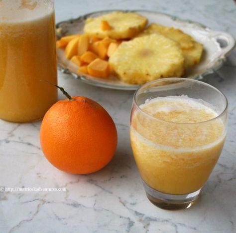 Smoothie del buonumore - ricetta frullato ananas mango arancehttp://matrioskadventures.com/2014/01/04/le-ricette-del-buonumore-per-corpo-e-mente/