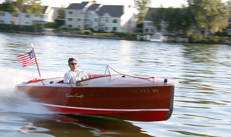 (Classic Wooden Boat) speed boats, water, lake, motorboats, seaworthy, ocean, sea, vessel, salt water, fresh water, bay, inlet, channel, fiberglass, float, flotation, #boat #vessel