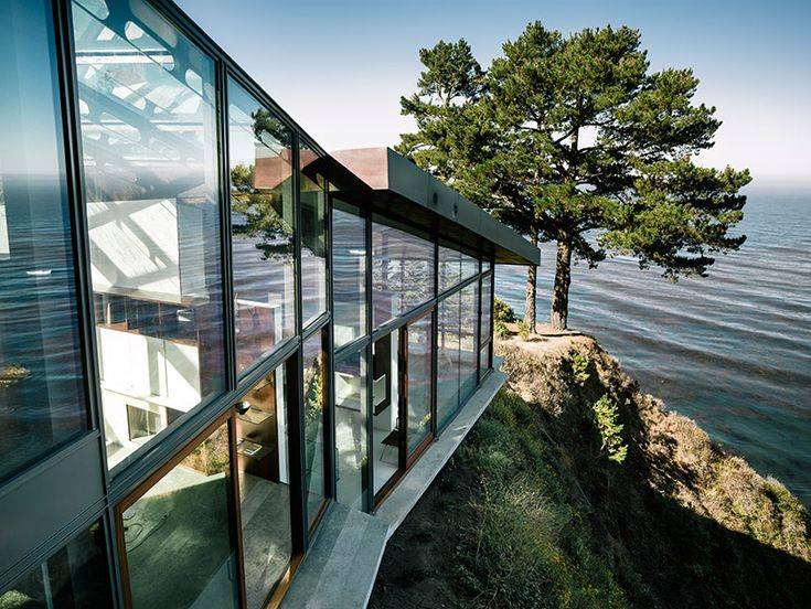 fougeron architecture builds the fall house next to the pacific ocean - designboom | architecture