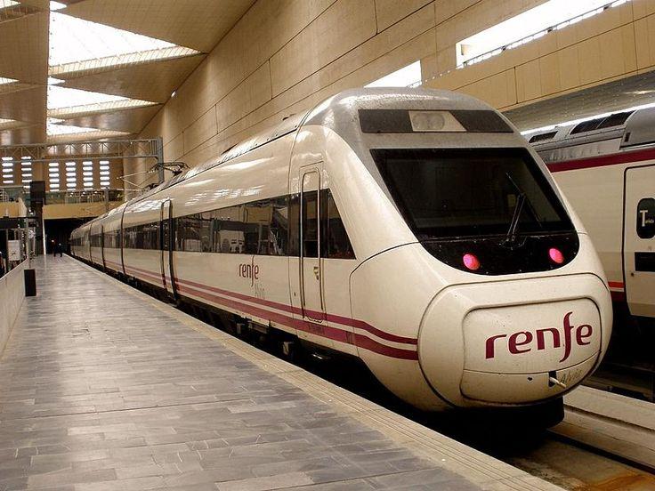 ALVIA es un servicio ferroviario de larga distancia que Renfe Operadora realiza en España, que circula a una velocidad máxima de 250 km/h. Su principal característica es que los trenes Alvia utilizan en un mismo recorrido líneas de alta velocidad en una parte y línea convencional en el resto, con un cambio de ancho entre ambas líneas. Se realizan con trenes de las series 120, 130, 730 y 252 con Ramas de Talgo 7. Unidad de la serie 120 de Renfe